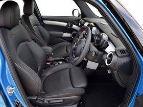 Ver foto 27 de Mini Cooper SD 5 puertas F56 UK 2014