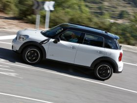 Ver foto 3 de Mini Countryman Cooper S ALL4 2010