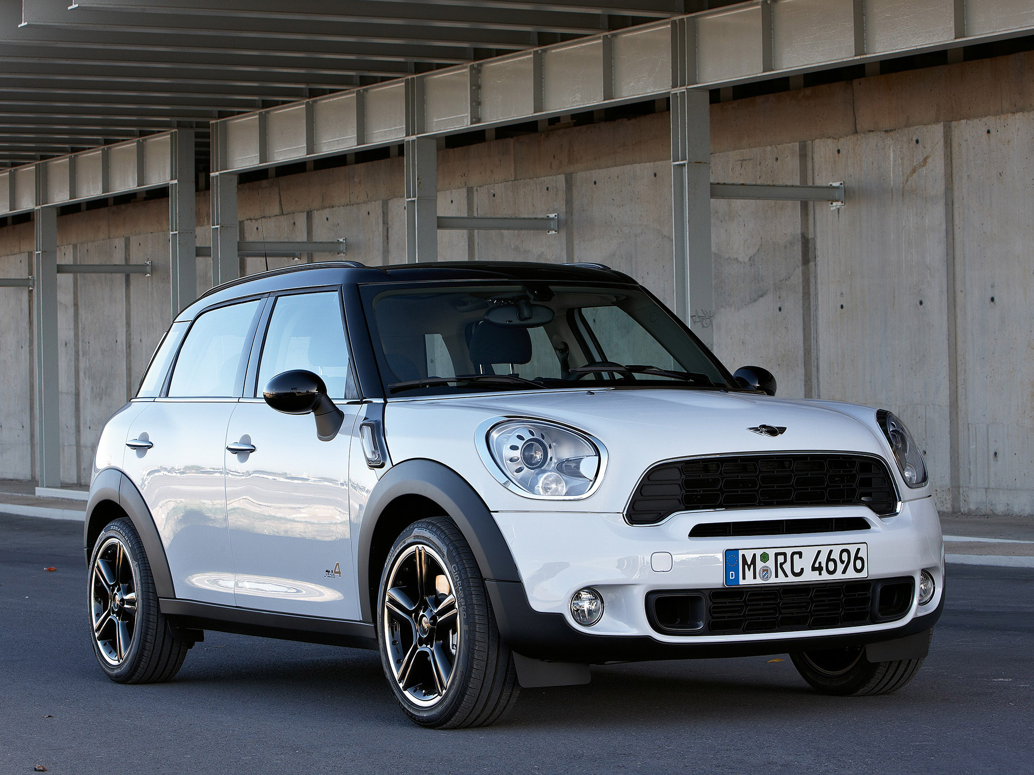 fotos de mini countryman cooper s all4 2010. Black Bedroom Furniture Sets. Home Design Ideas