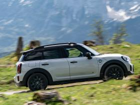 Ver foto 16 de Mini Cooper SE Countryman ALL4 (F60) 2020