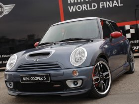Ver foto 1 de Mini John Cooper Works Cooper S GP 2006
