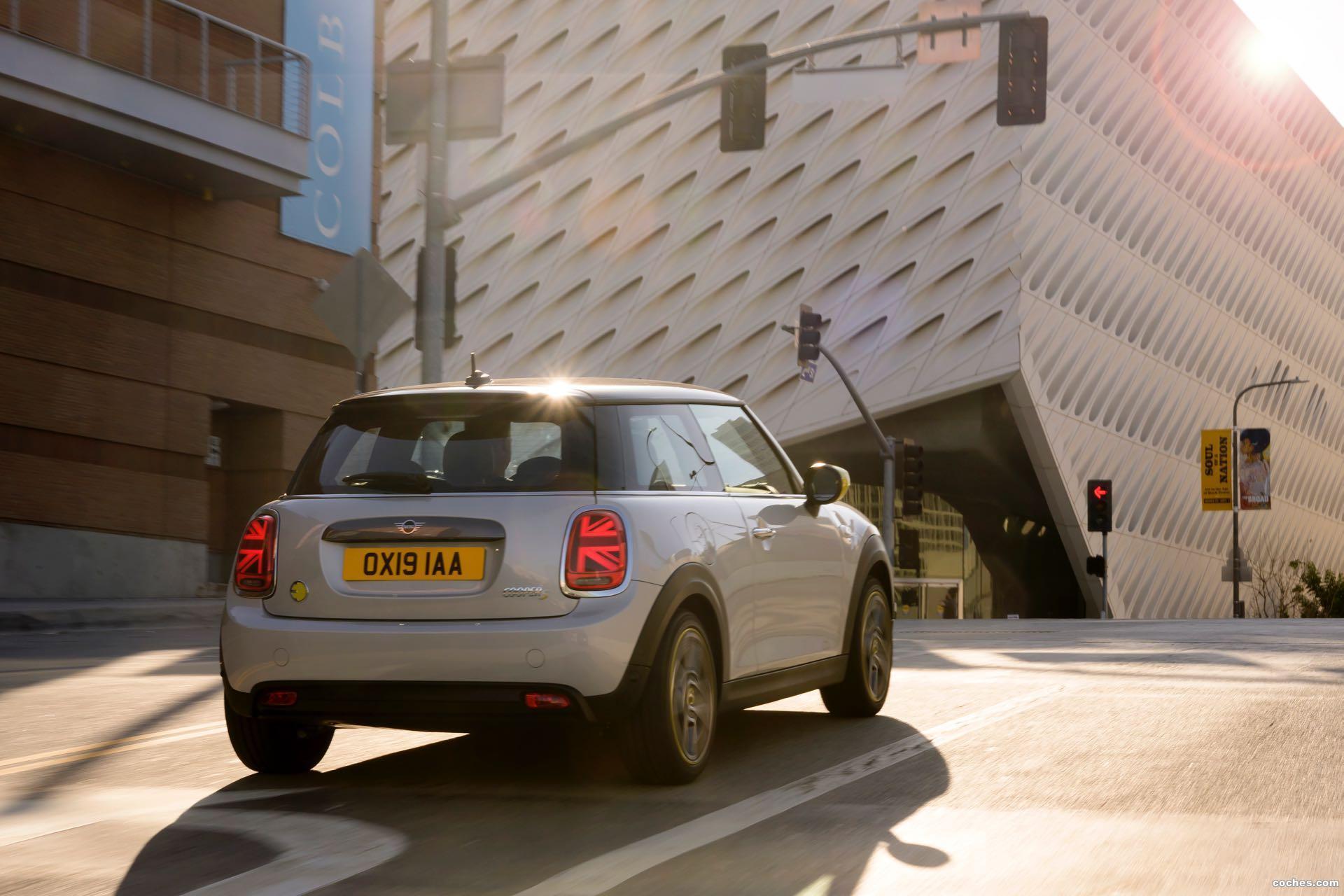 Foto 3 de Mini MINI Cooper SE 2020