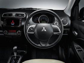 Ver foto 5 de Mitsubishi Attrage 2013