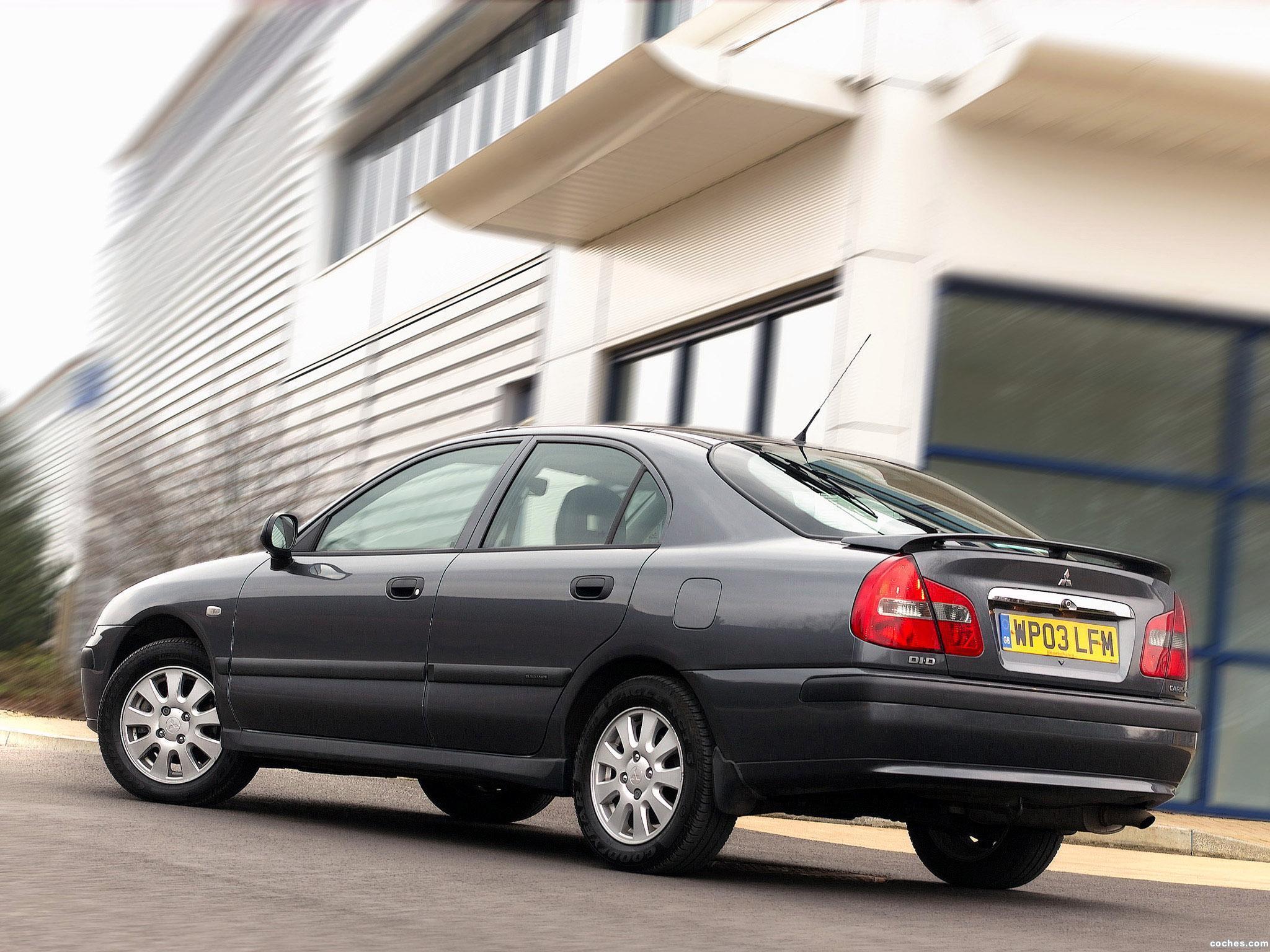 Foto 1 de Mitsubishi Carisma 5 puertas UK 2000