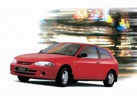 Ver foto 1 de Mitsubishi Colt 3 puertas 1996