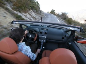 Ver foto 14 de Mitsubishi Colt CZC Cabrio 2006