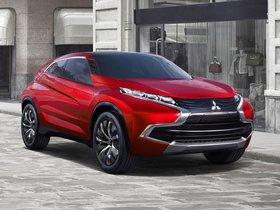 Ver foto 1 de Mitsubishi Concept XR PHEV 2013