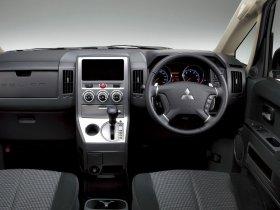 Ver foto 9 de Mitsubishi Delica D5 2007