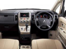 Ver foto 8 de Mitsubishi Delica D5 2007