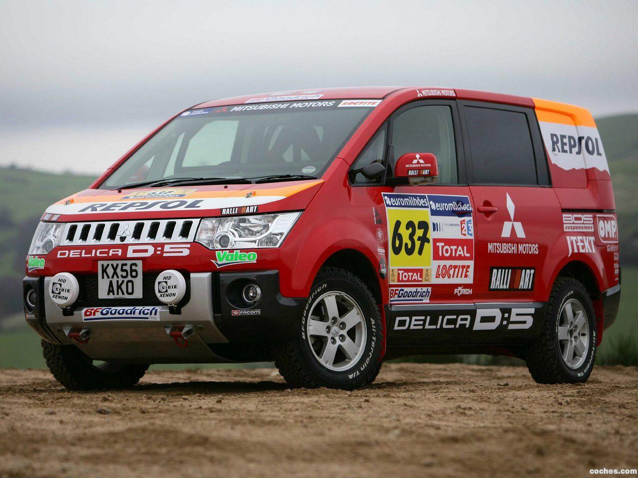 Foto 0 de Mitsubishi Delica D5 Rally