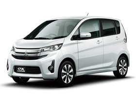 Ver foto 1 de Mitsubishi eK Custom 2013