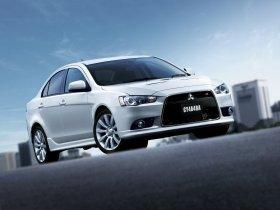 Ver foto 2 de Mitsubishi Galant Fortis Ralliart 2008