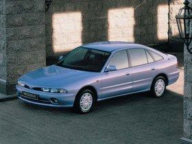 Ver foto 2 de Mitsubishi Galant Hatchback 1992