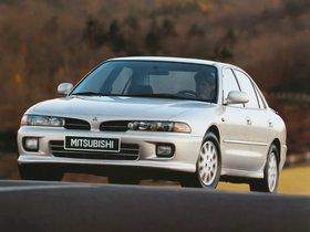 Fotos de Mitsubishi Galant Sedan 1992