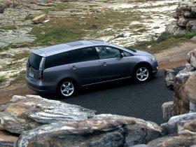 Ver foto 8 de Mitsubishi Grandis 2003