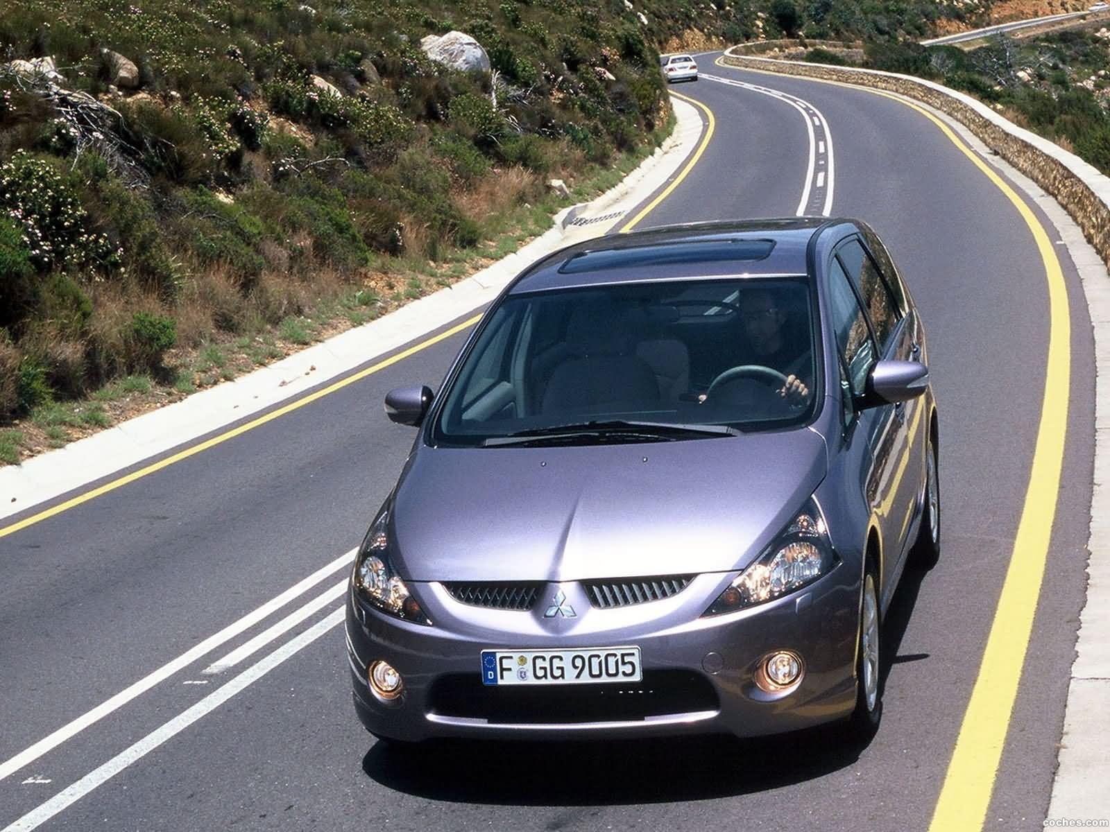 Foto 0 de Mitsubishi Grandis 2003