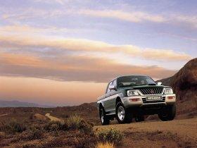 Ver foto 1 de Mitsubishi L200 2003