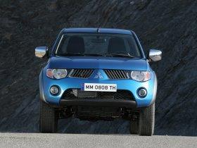 Ver foto 8 de Mitsubishi L200 Club Cab 2006