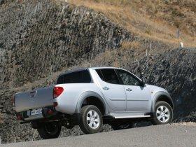 Ver foto 4 de Mitsubishi L200 Double Cab 2006