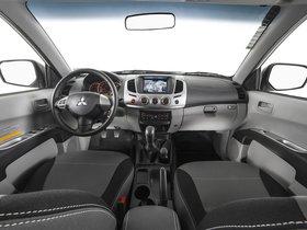 Ver foto 5 de Mitsubishi L200 Triton Savana 20 Aniversario Motorsports 2014