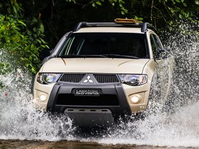 Fotos de Mitsubishi L200 Triton Savana 20 Aniversario Motorsports 2014