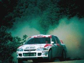 Ver foto 3 de Mitsubishi Lancer Evolution II Rally Version 1994