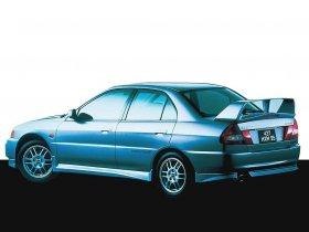 Ver foto 2 de Mitsubishi Lancer Evolution IV 1996