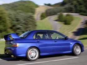 Ver foto 8 de Mitsubishi Lancer Evolution IX 2005