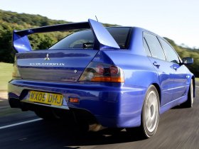 Ver foto 3 de Mitsubishi Lancer Evolution IX 2005
