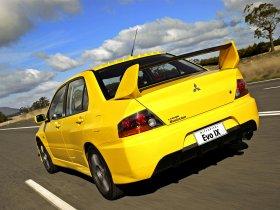 Ver foto 35 de Mitsubishi Lancer Evolution IX 2005