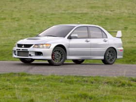 Ver foto 3 de Mitsubishi Lancer Evolution IX MR 2006