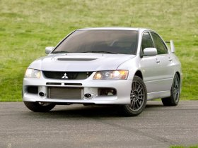 Ver foto 1 de Mitsubishi Lancer Evolution IX MR 2006