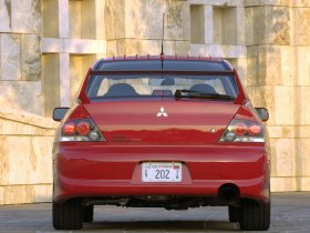 Ver foto 9 de Mitsubishi Lancer Evolution IX MR 2006