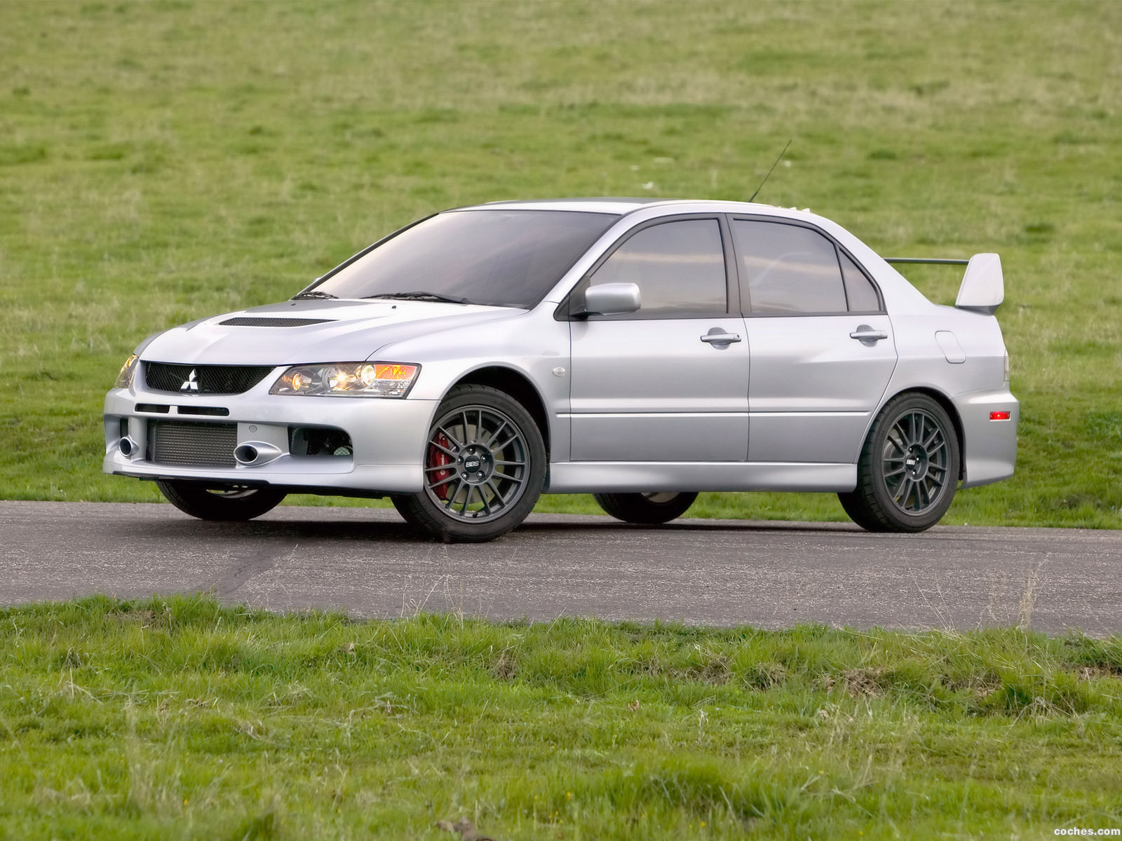 Foto 2 de Mitsubishi Lancer Evolution IX MR 2006