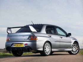 Ver foto 11 de Mitsubishi Lancer Evolution IX MR FQ 360 Final Edition 2007
