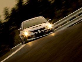 Ver foto 9 de Mitsubishi Lancer Evolution IX Wagon 2005