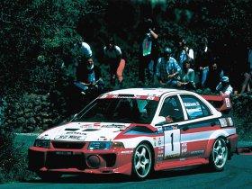 Ver foto 2 de Mitsubishi Lancer Evolution V WRC 1999