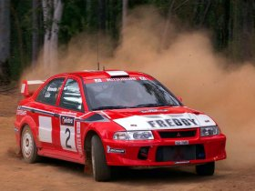 Ver foto 4 de Mitsubishi Lancer Evolution VI WRC 2000