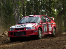Fotos de Mitsubishi Lancer Evolution VI WRC 2000