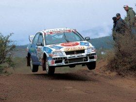 Ver foto 37 de Mitsubishi Lancer Evolution VII WRC 2001
