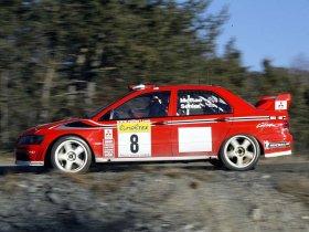 Ver foto 17 de Mitsubishi Lancer Evolution VII WRC 2001