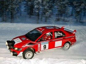 Ver foto 13 de Mitsubishi Lancer Evolution VII WRC 2001