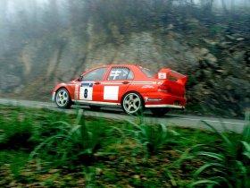 Ver foto 11 de Mitsubishi Lancer Evolution VII WRC 2001