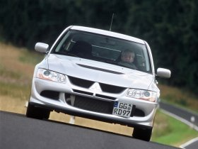 Ver foto 6 de Mitsubishi Lancer Evolution VIII 2003