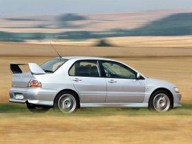 Ver foto 4 de Mitsubishi Lancer Evolution VIII 2003