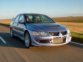 Fotos de Mitsubishi Lancer Evolution VIII FQ 330 2004