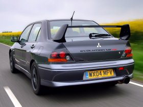 Ver foto 6 de Mitsubishi Lancer Evolution VIII MR 2004