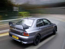 Ver foto 3 de Mitsubishi Lancer Evolution VIII MR FQ 400 2004