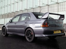 Ver foto 2 de Mitsubishi Lancer Evolution VIII MR FQ 400 2004