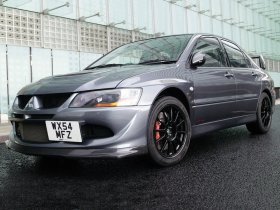 Ver foto 1 de Mitsubishi Lancer Evolution VIII MR FQ 400 2004